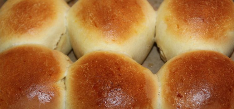 Sweet Dinner Rolls Recipe – Pure Goodness!
