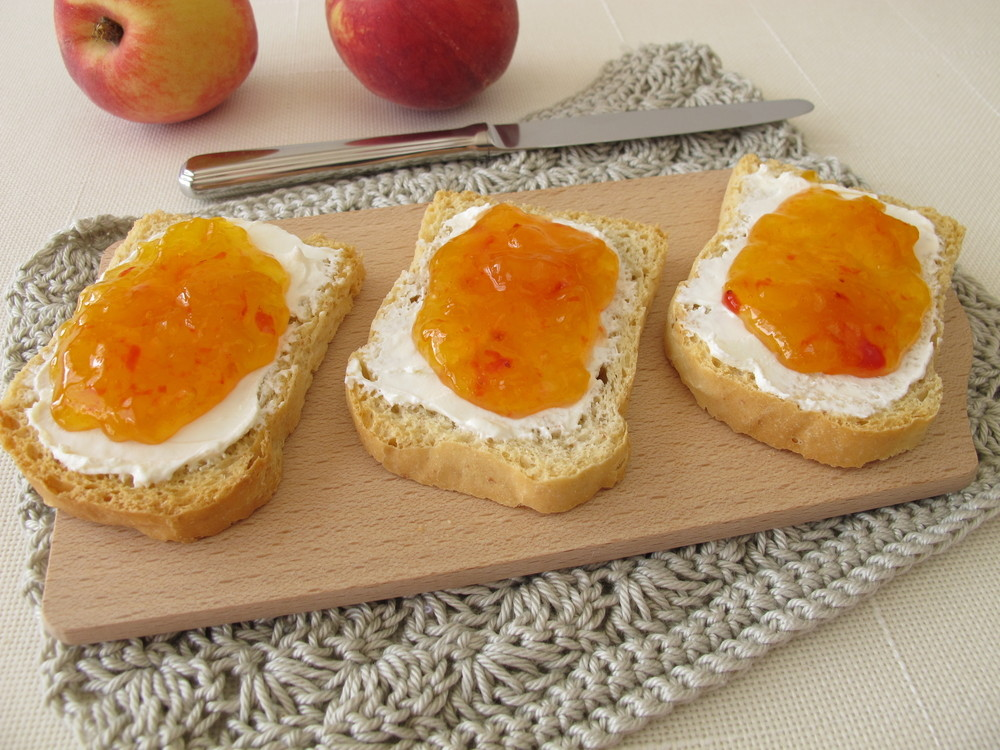Peach jam recipe summertime goodness made without pectin for Peach preserves no pectin