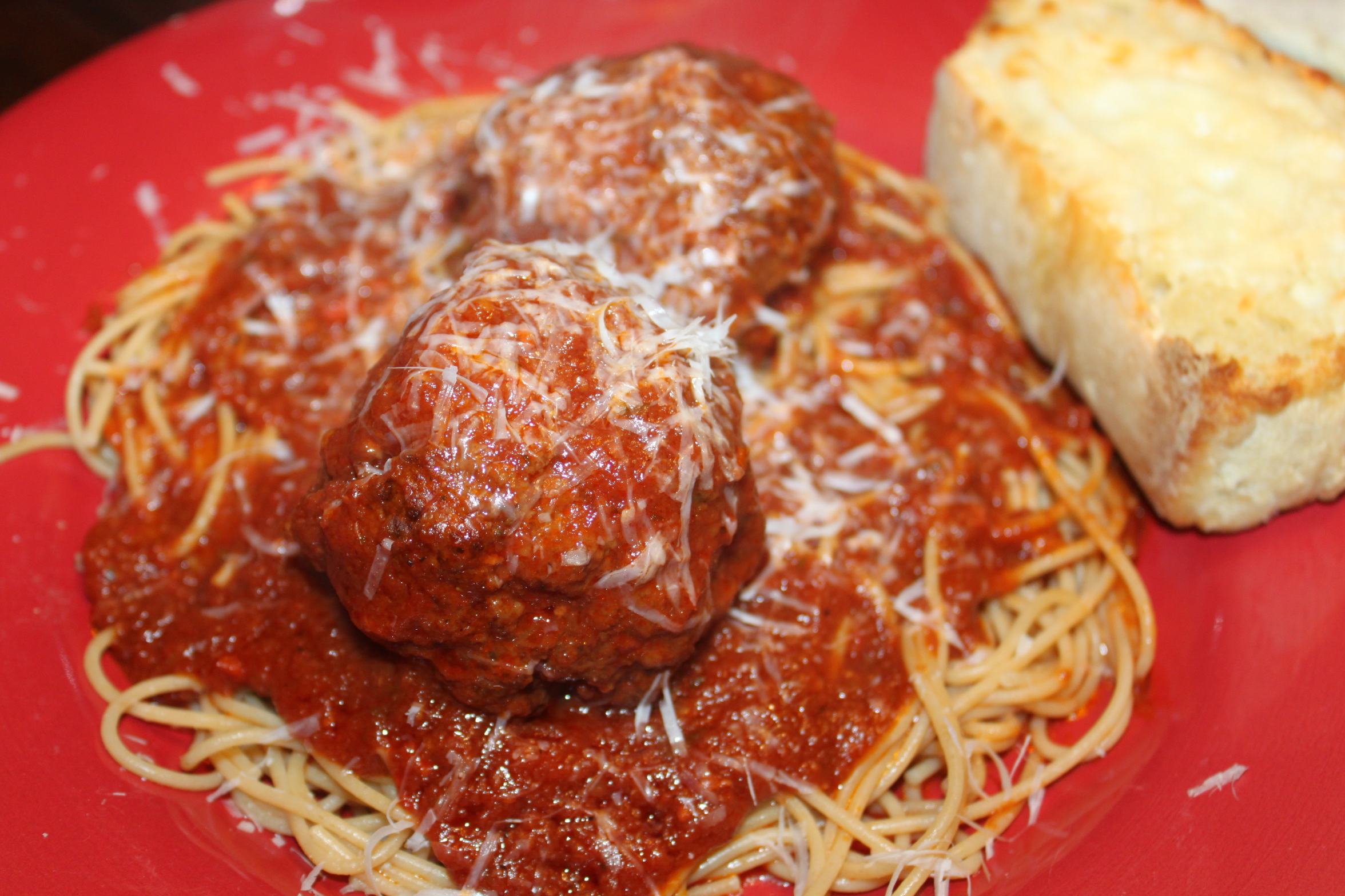 Authentic Italian Meatball Recipe! Mama-Mia! It's-a-so good!