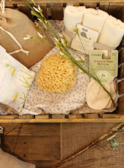 Sustainable Gift Giving: 20 Days of Sustainable Living Tips