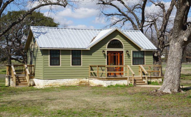 Tiny House Airbnb Heritage Homestead Waco Tx Addie