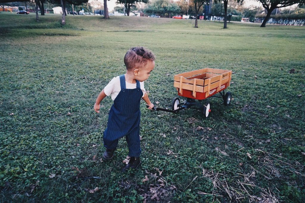 Eco-Friendly Childrens Clothing brand beya made clothes that grow with kids