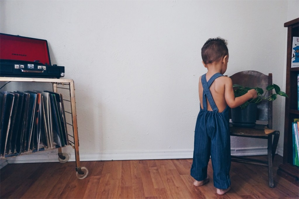 kids and plants - eco-friendly children's clothing by beya made