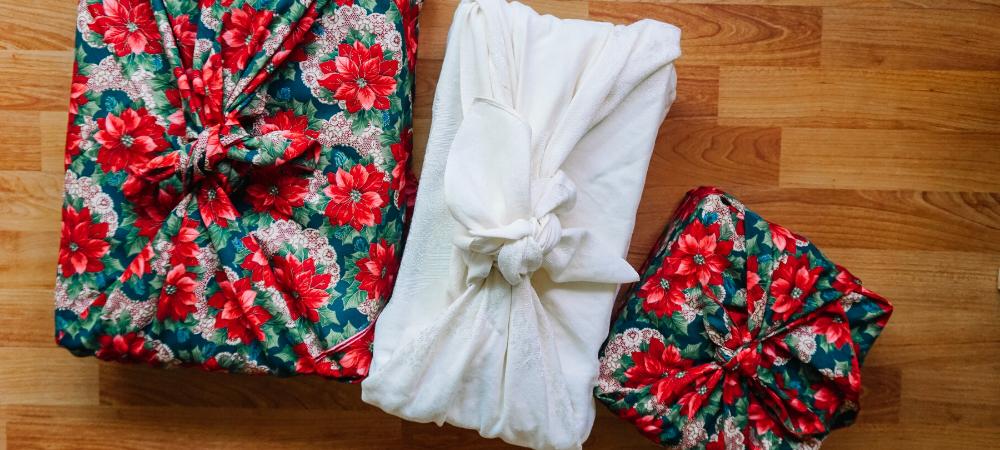 sustainable gift wrappaing - furoshiki