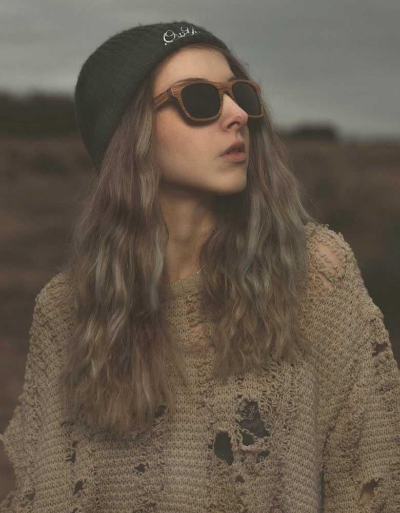 womans wooden wayfarer sunglasses