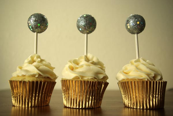 New Year's Eve Ball Drop Cupcake Toppers | Oleander + Palm