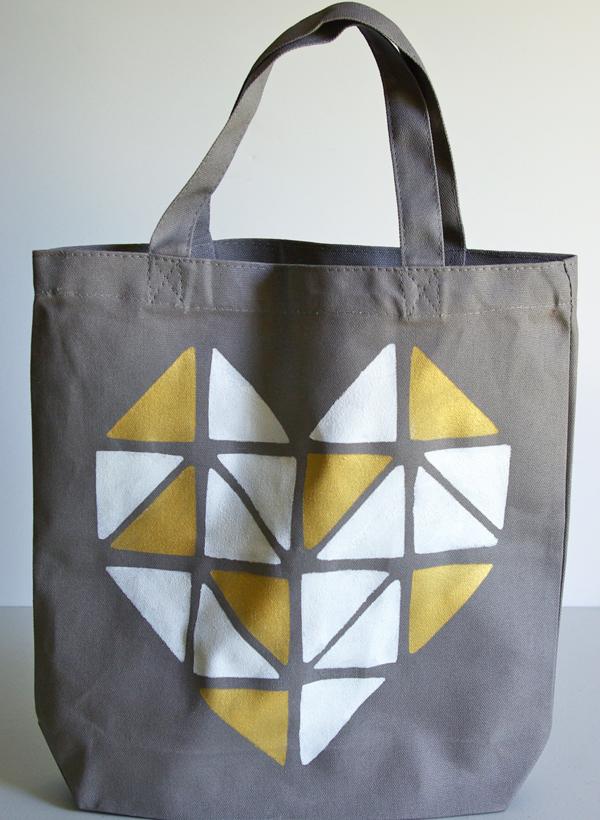 DIY Heart Stenciled Tote Bags Video