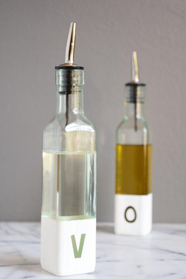 diy modern oil and vinegar bottles oleander palm. Black Bedroom Furniture Sets. Home Design Ideas
