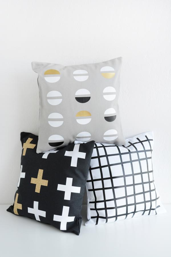 Cricut Gold Explore Machine Pillows Oleander Palm