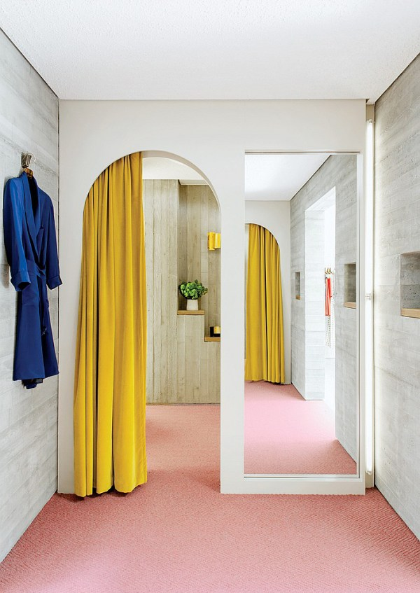 Gold/Yellow Drapes and Pink Flooring