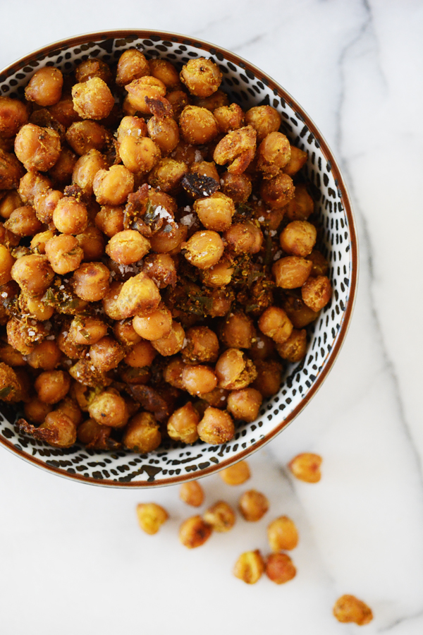 Crispy Curry Chickpeas