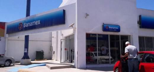 Asaltan un banco de manera pacífica en Mazatlán