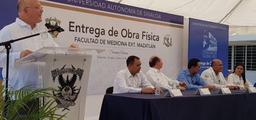 Entrega el Rector infraestructura y equipamiento en la Facultad de Medicina Extensión Mazatlán