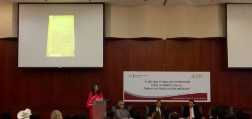 Realizan panel sobre Sistema Estatal Anticorrupción