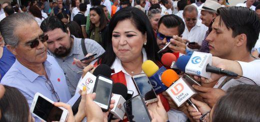 Se pugnará por una ley que proteja a los desplazados de la sierra Rosa Elena Millán