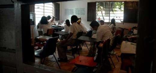 Violan a menor en una telesecundaria en Puebla; su maestra le dijo que se quedara callada