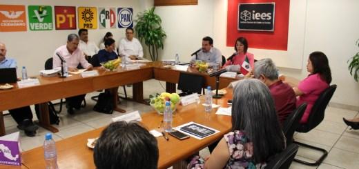 Abre IEES convocatoria para Capacitador Asistente Electoral local