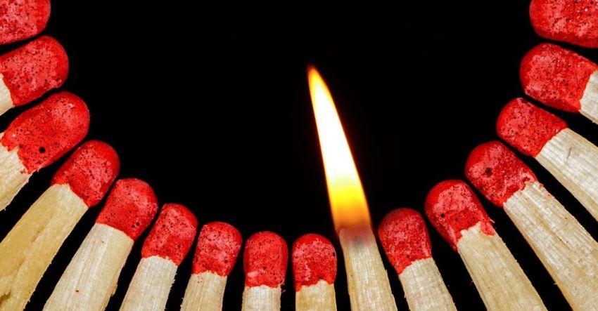 Горящая спичка, огонь, фото, рассказ, Евгения Саломатникова