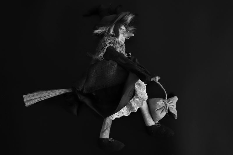 Ябеда-Корябеда, ведьма, буквы, мешок