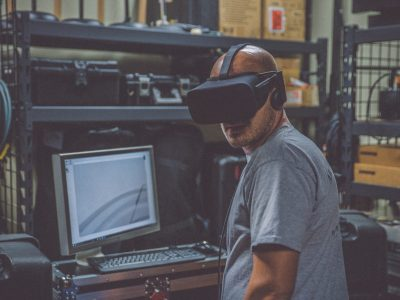 5 Myths About Virtual Reality Debunked