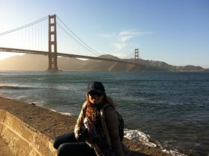 Con Uniqlo beige en San Francisco