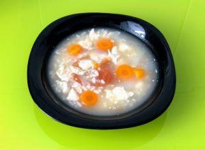 Sopa de arroz y zanahoria