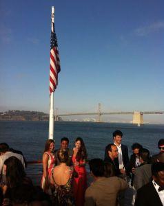 Fiesta de mi MBA internacional en barco para despedirnos de USA