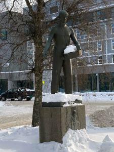 Ole Vig statuen