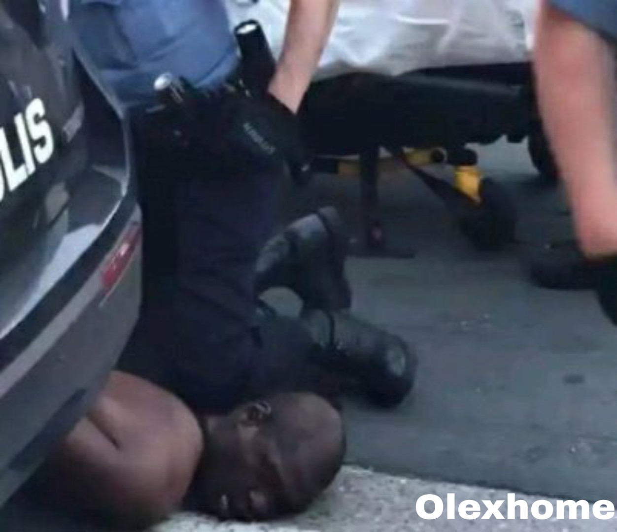 What Protesters did to Police that kills George