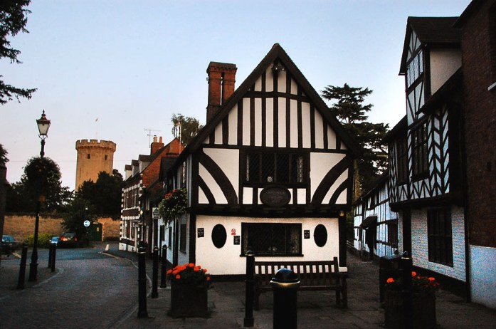Town you must visit in England - Warwick | Travel Blog| olgatribe.com #england
