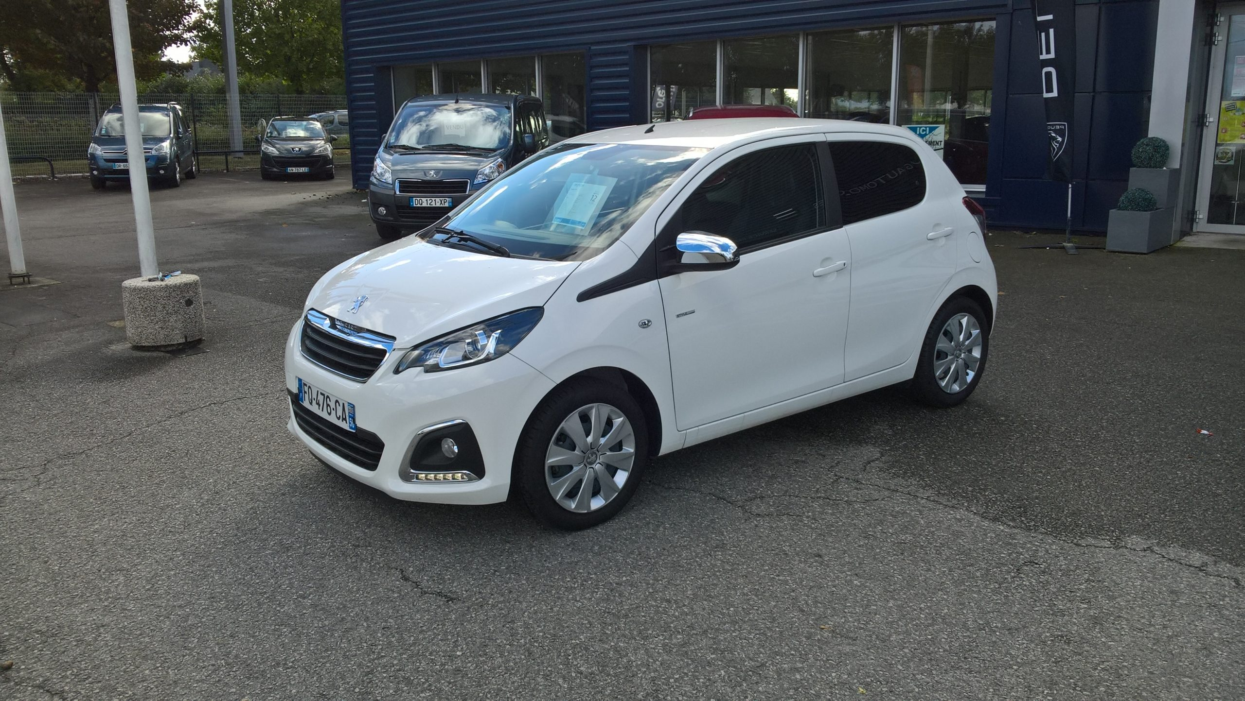 Read more about the article Peugeot 108 Style VTI 72CV  5407KMS  10490€