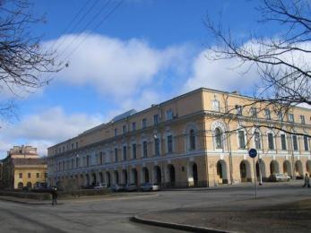 istoricheskiy-fakultet-spbgu-filosofskiy-fakultet-spbgu-bnovobirzhevoy-gostiniy-dvor_367456