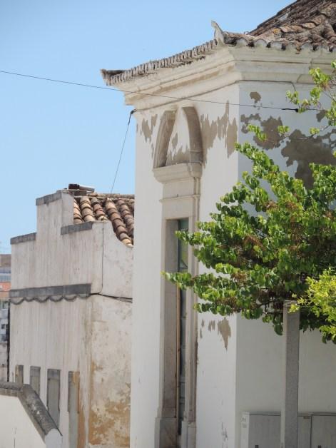 Heading away from Largo de Santa Ana