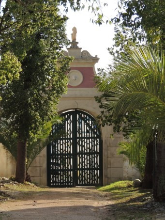 Gateway to drive to stables