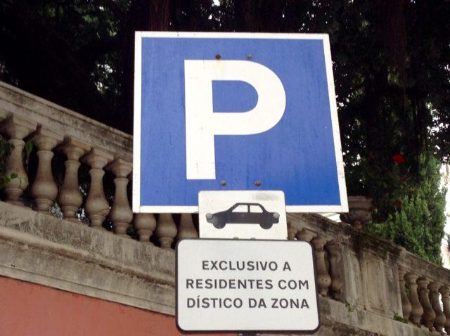 Estacionamento gratuito apenas para moradores com dístico | EMEL cria 145 lugares em S. Domingos de Benfica