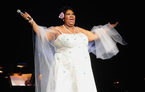 "Aretha Franklin, ""Queen of Soul"", Passes Away at 76"