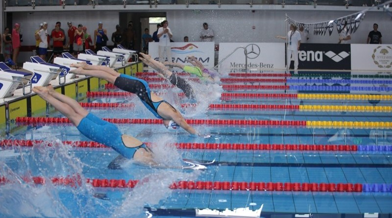 campionatele internationale de inot 1 cover 800 - Dorel Dincă la Circuitul European al cadeților