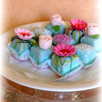 Petit Fours or Mignons as others would call it for Mother's Day