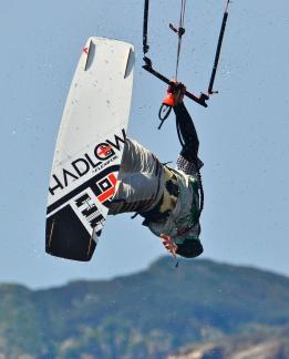 Olivier-Railey-hadlow-kiteboard-board-freestyle