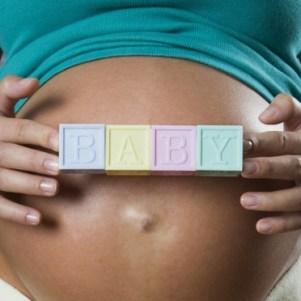 https://i0.wp.com/olive-banane-et-pasteque.com/wp-content/uploads/2012/04/ventre-femme-enceinte-2468649_1370.jpg?resize=301%2C301