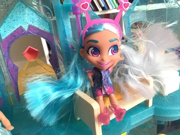 Neila, adorable hairdorables !