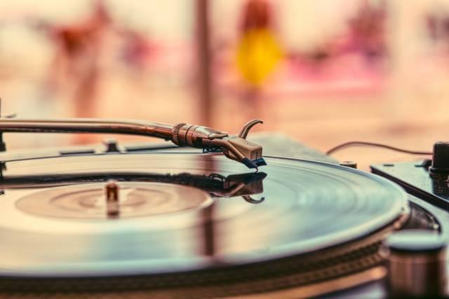 platine vinyle ; disques ; déco rétro