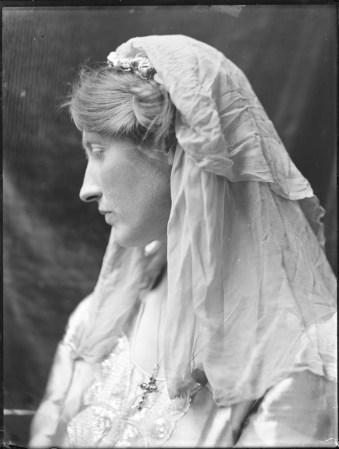Katherine Legat (née Edis), Mary Olive Edis, 1919 (Norfolk Museums Service)