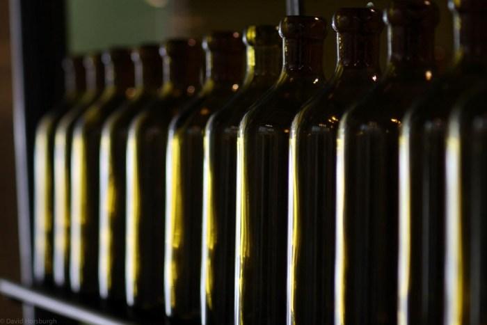 huile d'olive et bouteilles