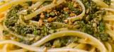 """Dieses """"Pesto di foglie d'olivo"""" ist eine authentisch mediterrane Neu-Interpretation der traditionellen Pesto-Sauce"""