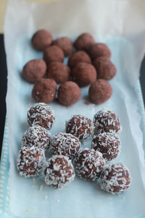 Date & Chocolate Truffles 3