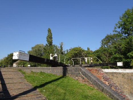 The long arms of the lock gates just below The Navigation pub. Photos from a walk along the Stoke Bruerne section of the Grand Union Canal.