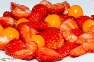 Erdbbeer-Physalis-Salat