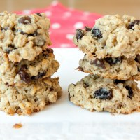 Chocolate Chip Raisin Oat Cookies
