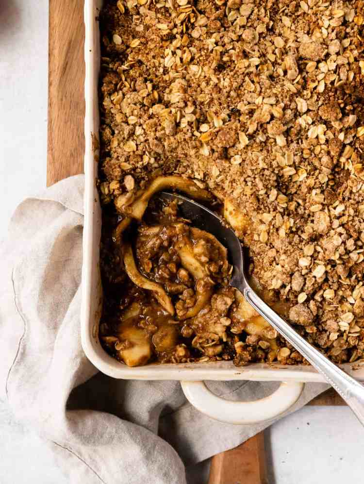 apple tahini crisp